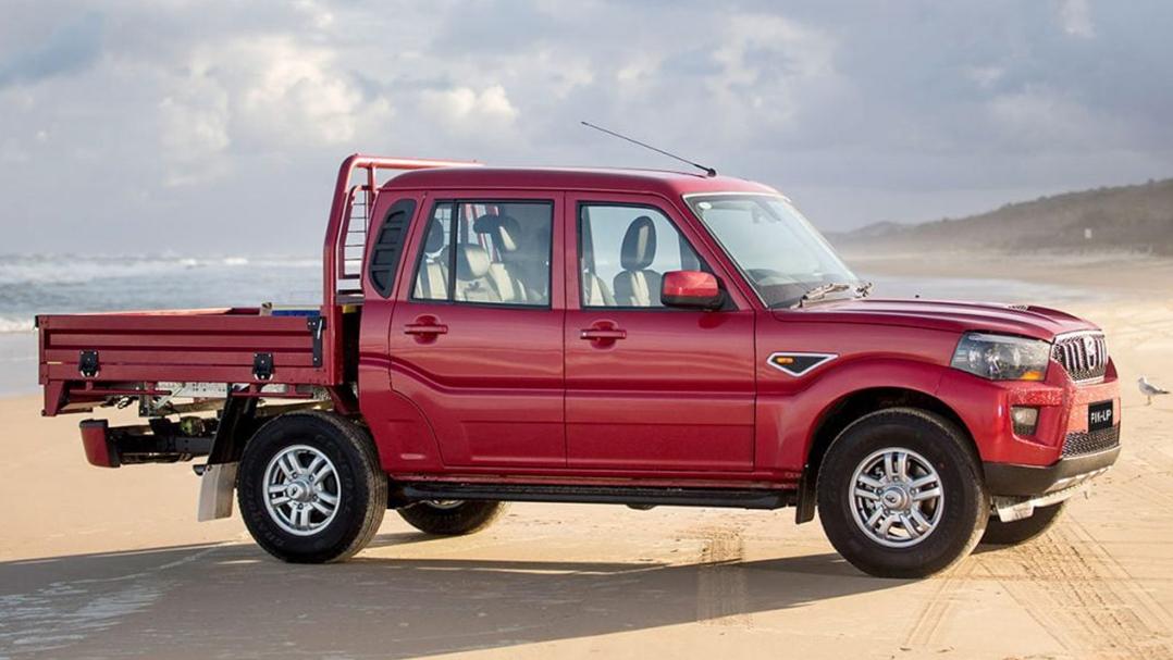 Mahindra-Pikup-Dual-Cab-Chassis